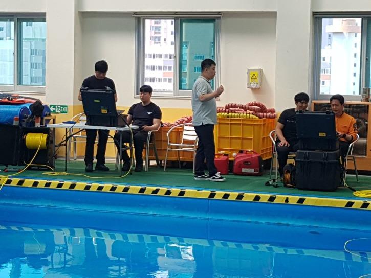 7수영장교육.jpg