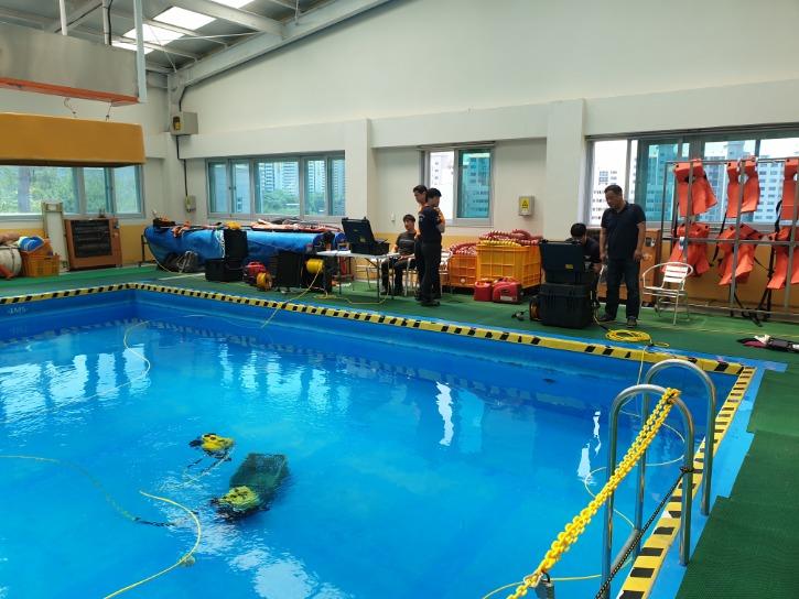 3수영장교육.jpg